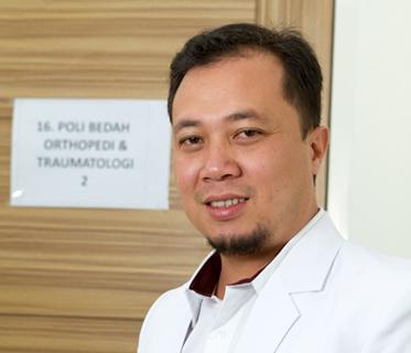 dr. H. M. Adijayansyah,Sp,OT