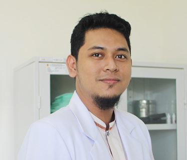 dr. Ryan Elmanar